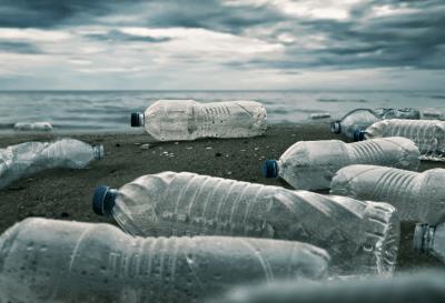 El Parlamento Europeo prohíbe el plástico de un solo uso a partir de 2021