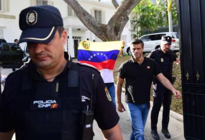 La justicia venezolana ordenó la detención de López