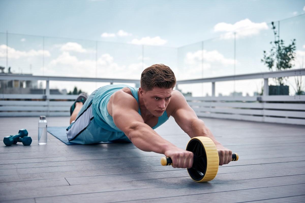 abdominal roller exercise