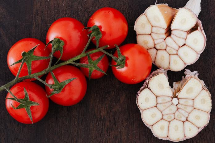 How Garlic Can Help You Lose Weight