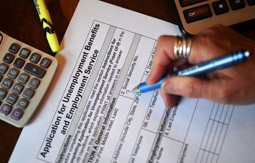 GettyImages 1210101977 2 - IRS: 'Aléjate de quienes te prometen mayores reembolsos de impuestos'