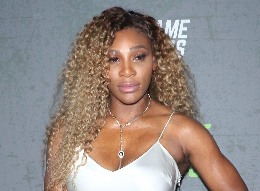 """GettyImages 1173477551 e1610200441255 - El """"baño Evian"""", una exclusiva experiencia de belleza que probó Serena Williams"""
