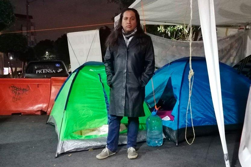Omar Bello 2 - Periodista amenaza con inmolarse y exhibe el terror del gremio en México