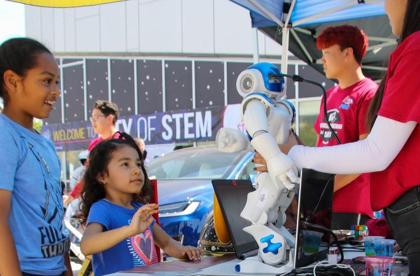 City of STEM 2 - Ciencia y tecnología para los niños llega este fin de semana de forma virtual y en español