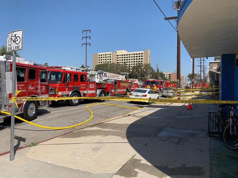 3beb4130 1736 4139 84c9 bdc839d3ad13 - Elisa Beristain y Javier Ceriani sufren accidente: El estudio casi se incendia con ellos dentro