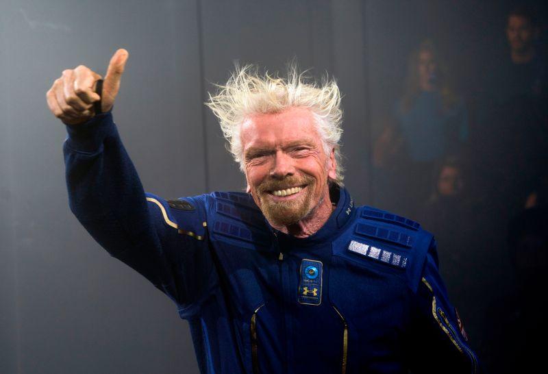 Richard Branson es el primer turista que viaja fuera de la Tierra con su  propia compañía - La Opinión