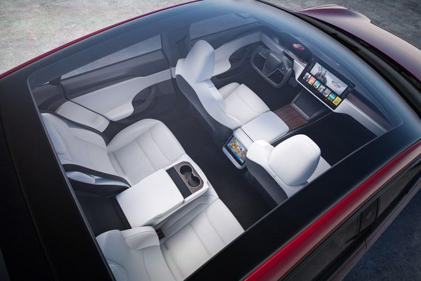 Tesla ModelS top - Tesla Model S Plaid supera al Porsche Taycan en Nürburgring