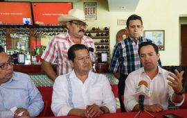 Diputados federales en contra de ANP de Bacalar
