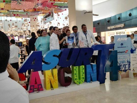 Reciben a pasajera 23 millones en Aeropuerto de Cancún