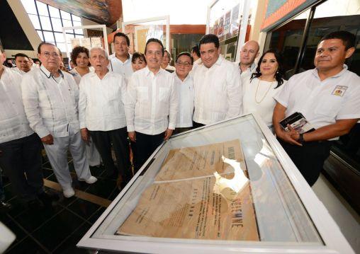 Conmemora Congreso en sesión solemne, aniversario 43 de la Constitución de Quintana Roo