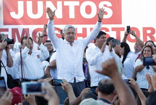 AMLO ganaría las elecciones con el 42% de votos: Parametría