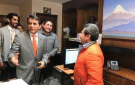 Renuncia Miguel Ramón; va por diputación federal