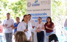 Inaugura Gobierno de Cristina Torres dos parques, e inicia instalación de luminarias