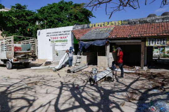 Remodela Gobierno mercados municipales en Playa del Carmen