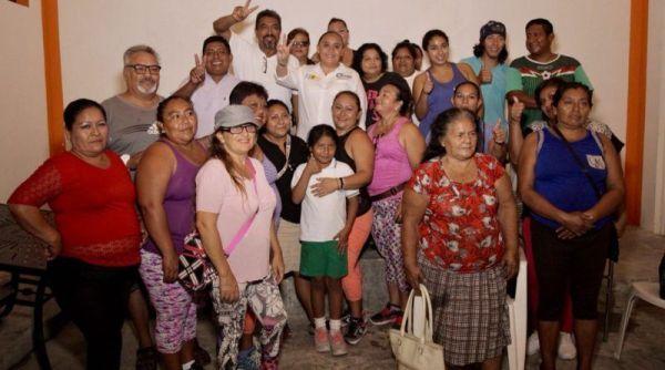 Priístas de Puerto Aventuras se suman a la campaña de Cristina Torres