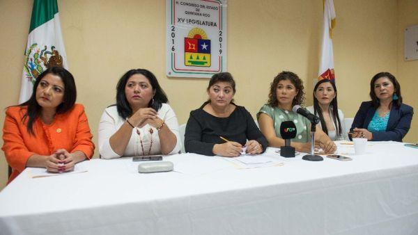 Condenan legisladoras violencia de género contra mujeres