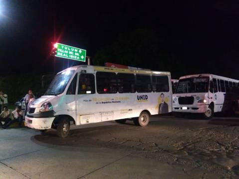 Explota conflicto de transportistas en Playa