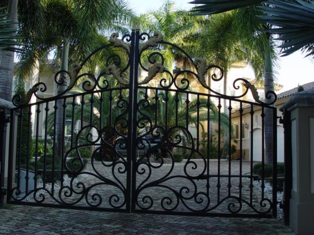 Wire Fence Designs