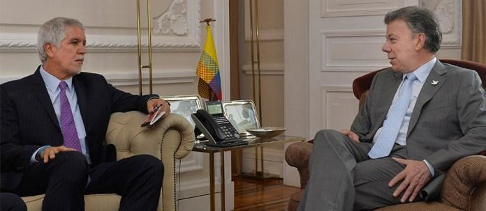 """Peñalosa visitó a Santos en la Presidente, donde el nuevo Alcalde de la Capital afirmó: """"acordamos trabajar juntos por el futuro de Bogotá""""."""