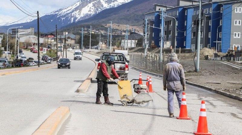 Ushuaia: Inician trabajos en la Avenida Hipólito Yrigoyen en Garantía