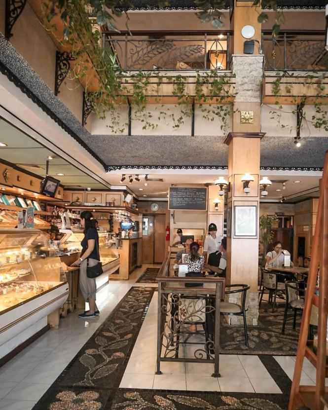 Bali Bakery ini lebih dari sekedar toko roti!