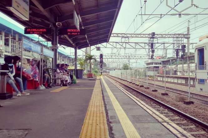 Info Lengkap KRL Jabodetabek Jakarta!
