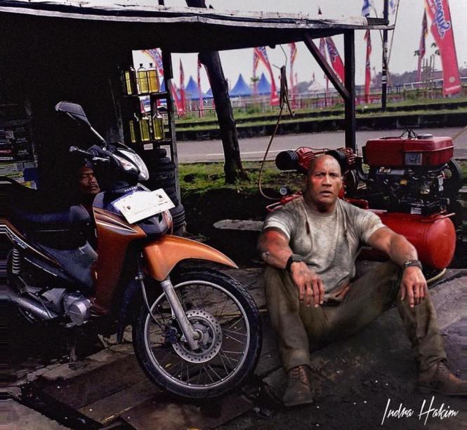 Setelah kontraknya habis d film fast to furious, Dwayne Johnson kini memilih berkarir di Indonesia, kerja apa dia