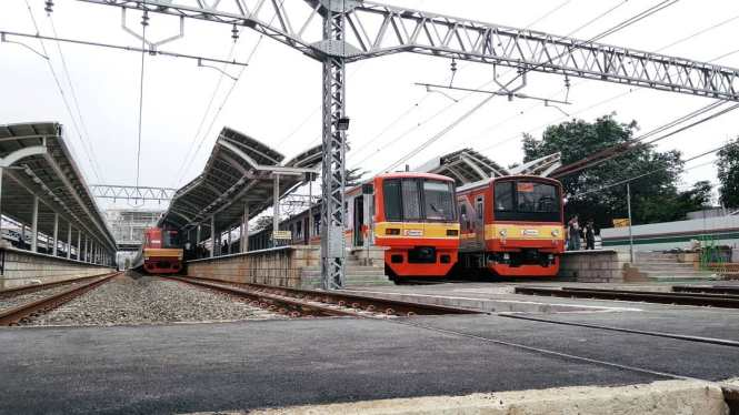 KRL Commuter Line Jakarta Relasi Stasiun Jatinegara ↔ Stasiun Bogor