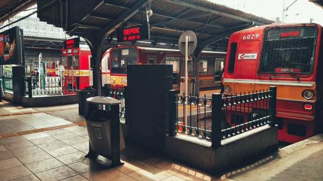 KRL Commuter Line Jakarta Relasi Stasiun Jakarta Kota ↔ Stasiun Bogor