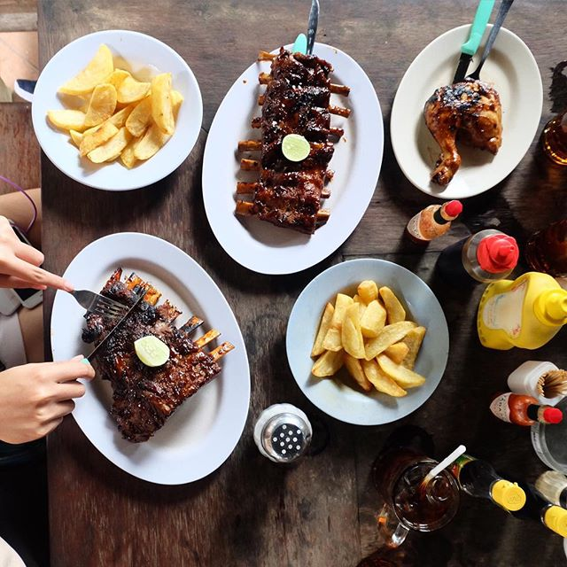 5 Rekomendasi Tempat Makan Non Halal di Bali Terbaik!