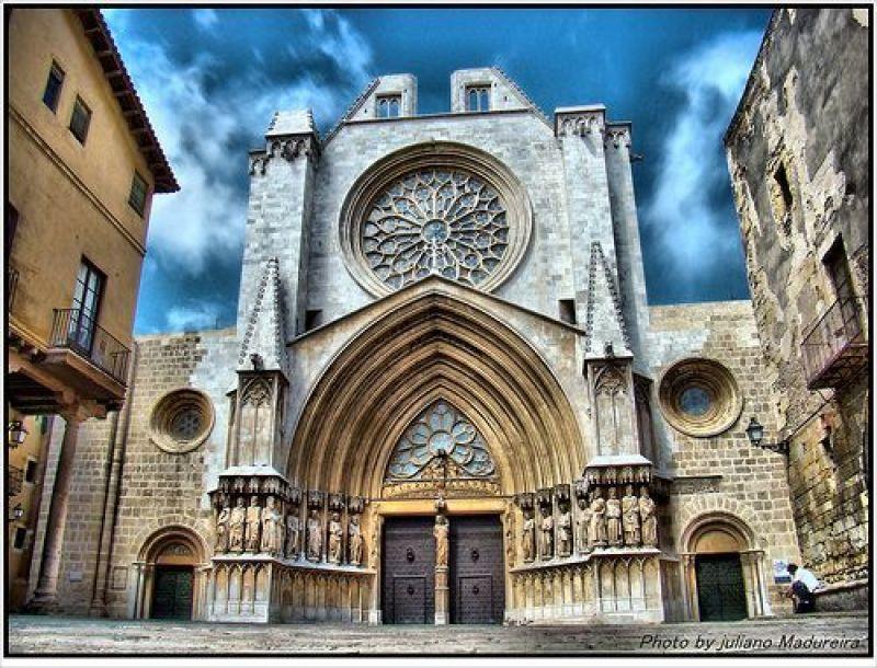 Vista de la porta principal de la Catedral de Tarragona