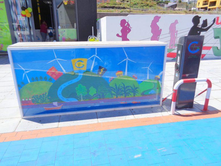 Elekto-Tankstelle als El Hierro Hingucker