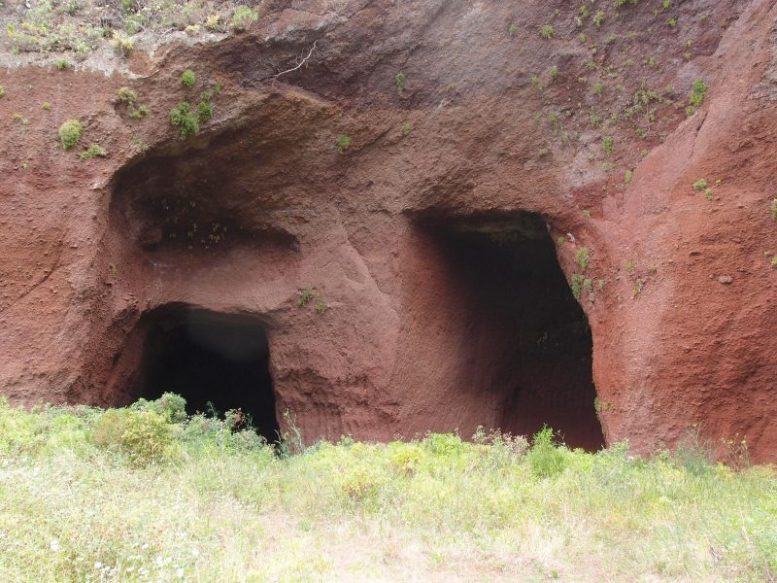 Höhlen - Felskammern