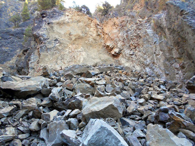 Gewaltiger Felssturz in der Caldera de Taburiente