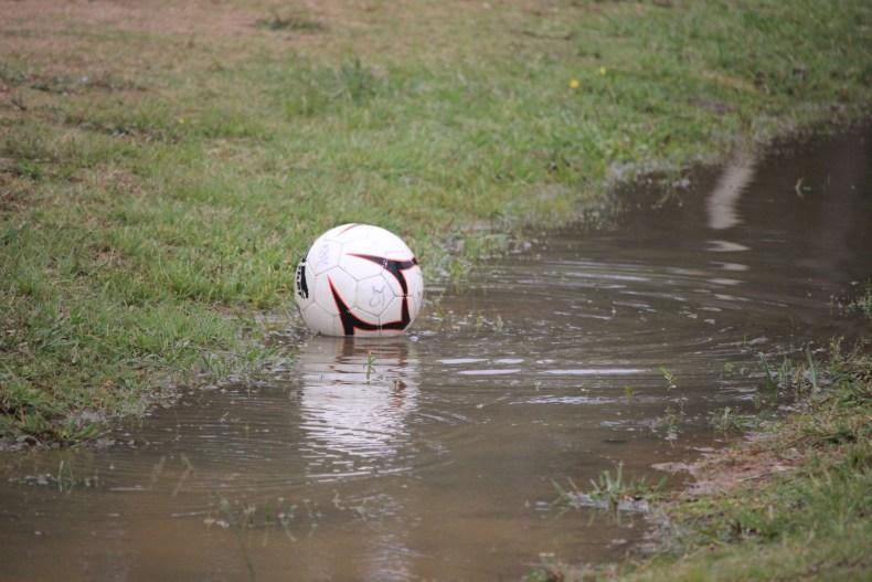pelota lluvia