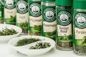 cropped-herbs-888734_1920.jpg