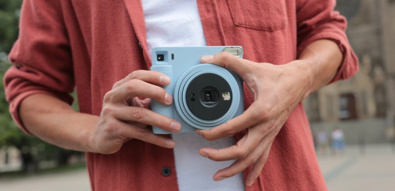 Instax Square SQ1, nueva instantánea analógica de formato cuadrado con un mayor tamaño y facilidad para hacer mejores fotos