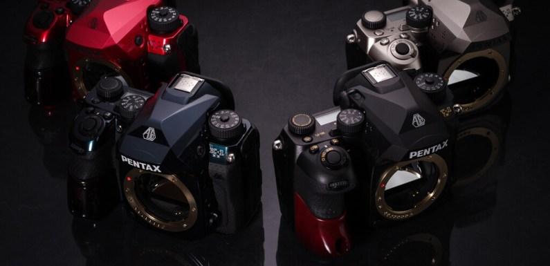 La Pentax K-1 Mark II J Limited 01 parece un 'transformer' pero está tuneada a mano y con componentes de lujo