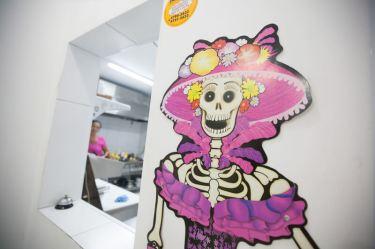 la-parca-restaurante-comida-mexicana-esqueleto
