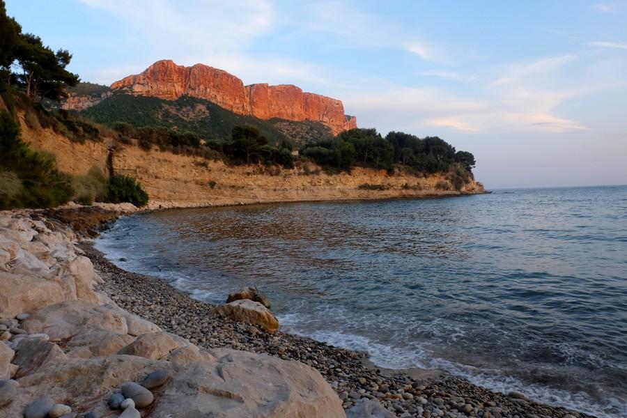 Le Cap Canaille au coucher du soleil