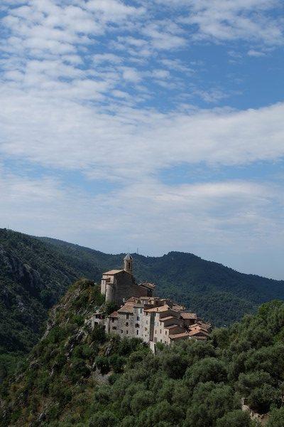 Peillon plus beau village perché de la Côte d'Azur