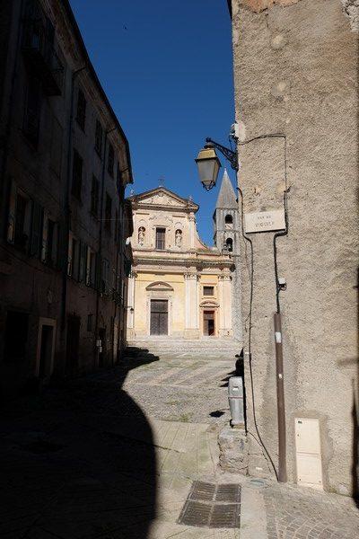 Ruelle de la vieille ville de Sospel