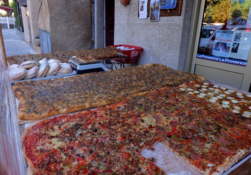 Pizzas de la boulangerie d'Annot
