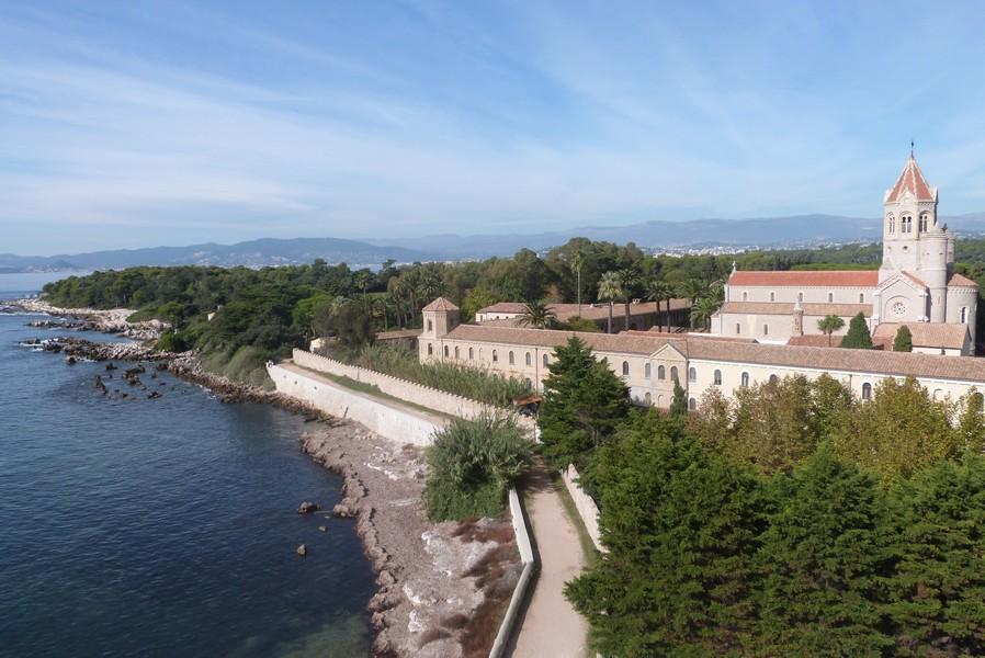 Visiter l'Île Saint-Honorat