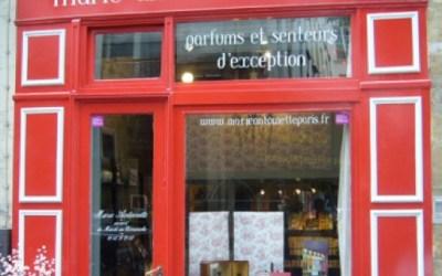 1 PARFUMERIE, 3 PARFUMS : Marie Antoinette