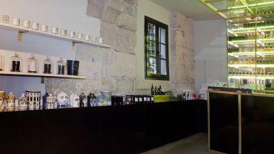 Bar à Parfums, la parfumerie Liquides à Paris 3