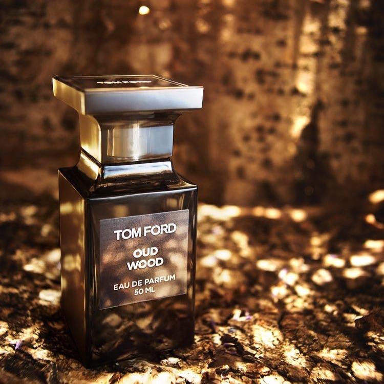 Oud Wood de Tom Ford, le parfum Oud Crossover