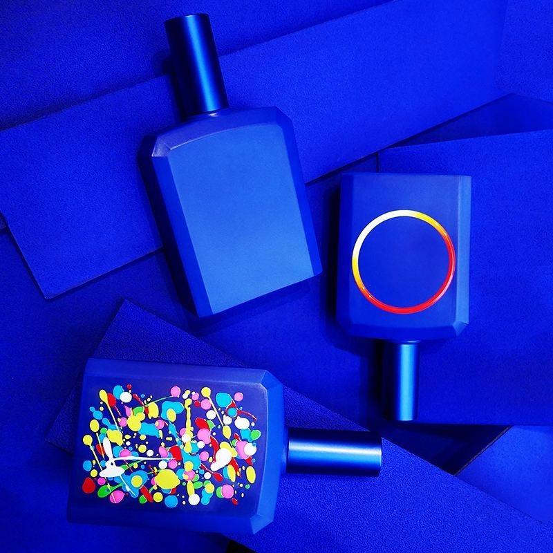 Une parfumerie de niche encore accessible : Histoires de Parfums. Ici This is not a Blue Bottle