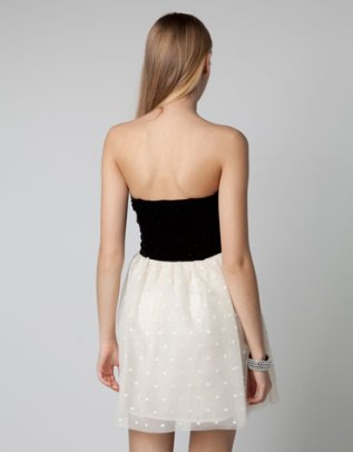 Bershka - Black & White (espalda)