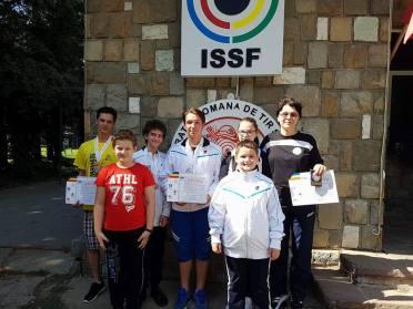 Echipa de juniori mari si mici ai CSU BRASOV